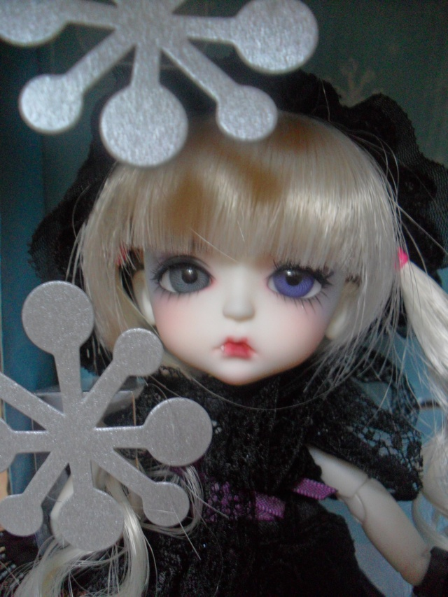 Yellow - Limited 2010 H.K Bloody Moon - Lea Sam_7311