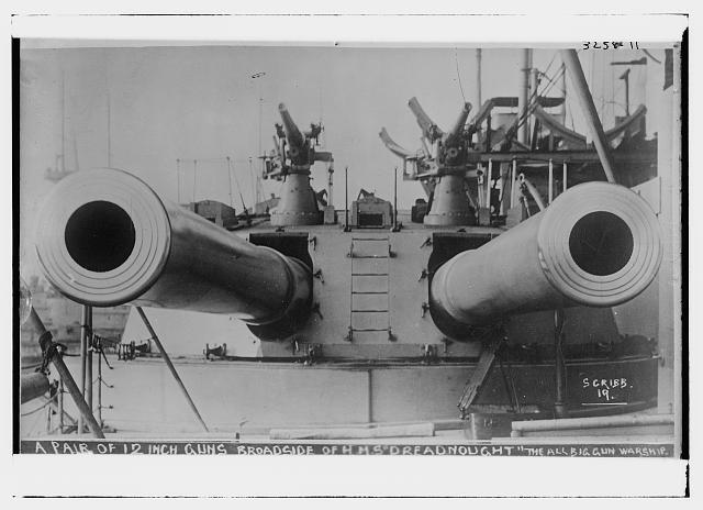 """Zvezda au 1/350 """"HMS Dreadnought"""" 10725-10"""