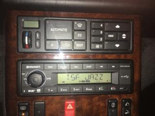 Quelle autoradio avez vous dans votre mercedes?  - Page 2 Img_7527