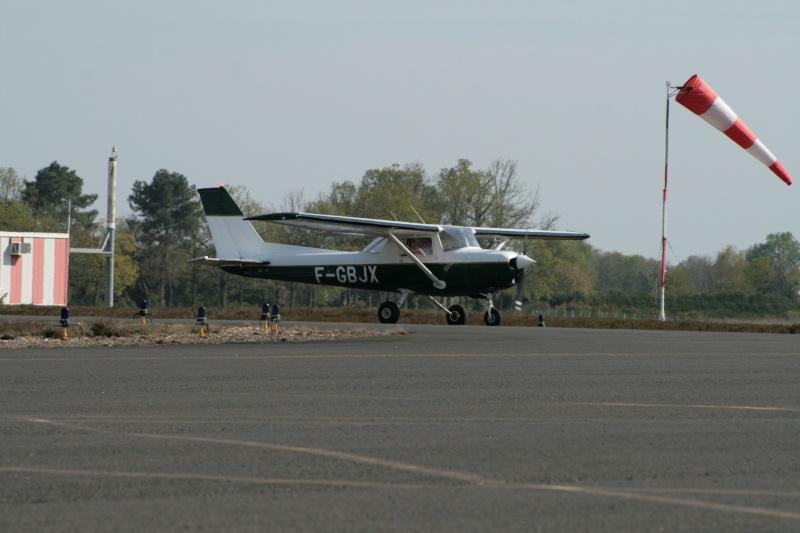 Concours Photos du moi d'Octobre:Les Cessna Img_3710