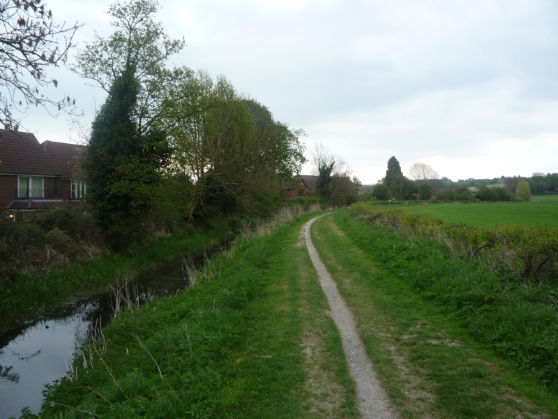Aylesbury, Wendover, The arm of the canal that never was 02810