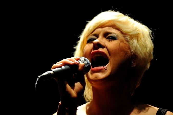 Sing+recadrage+V3+visage.. 09710