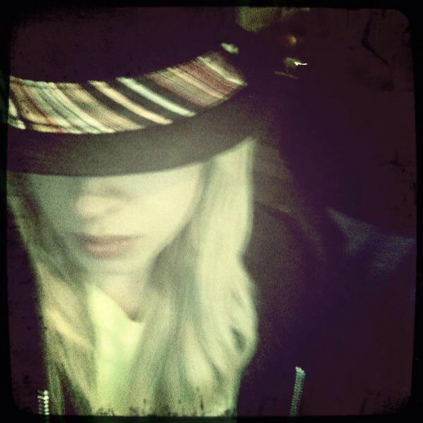 Orianthi's Twitpics 12977410