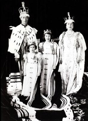 British Royal Family 77790310