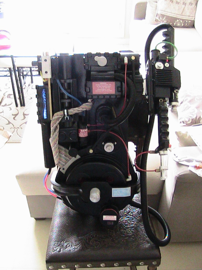 [DEFF SLAYERS] Proton Pack created by Dr. Raymond Stantz - Page 3 6210