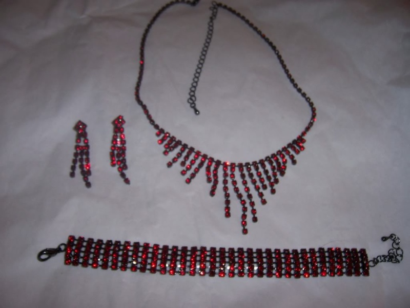 Red Jewellery CollectiOn 100_2710
