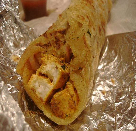 Chicken Paratha Roll With..... Green Chutney A2gnph10