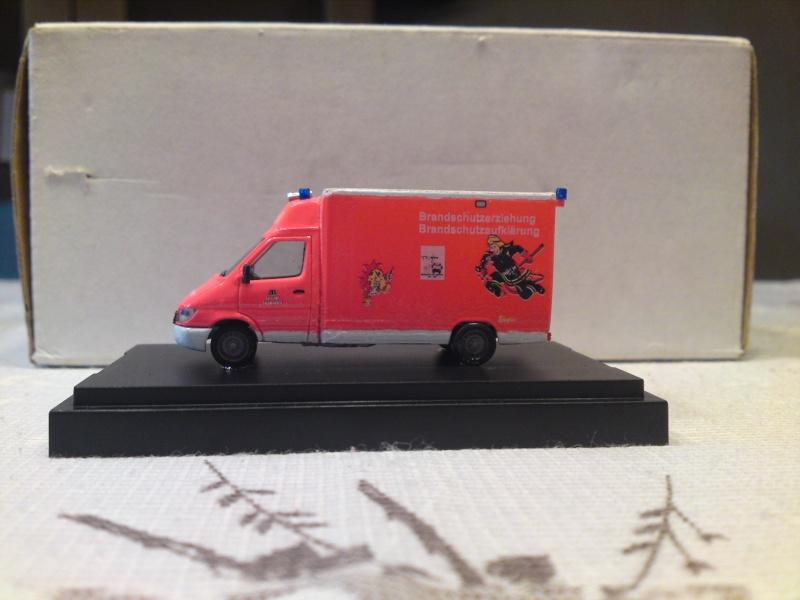 Fahrzeuge der Berliner Feuerwehr Dsc00625
