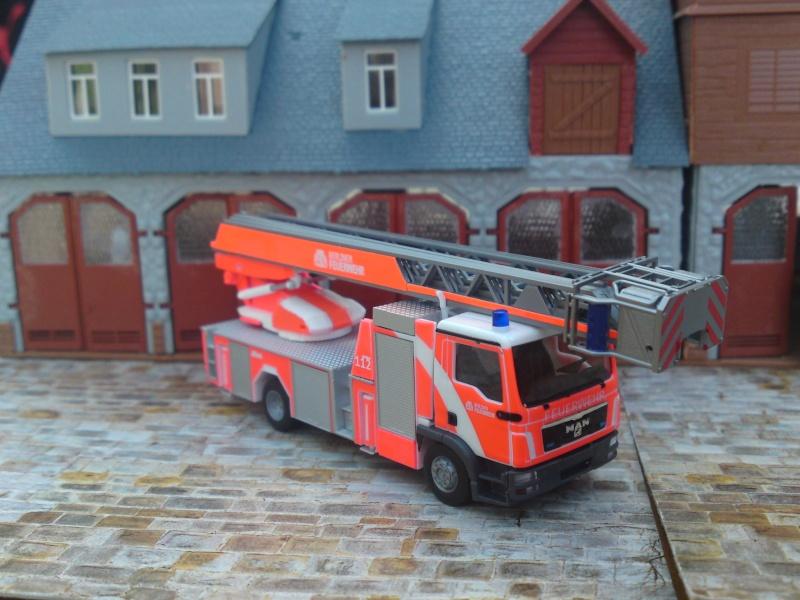 Fahrzeuge der Berliner Feuerwehr Dsc00811