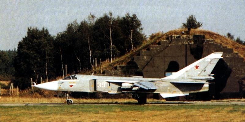 Su-24 MK2 [Fencer] Fencer11
