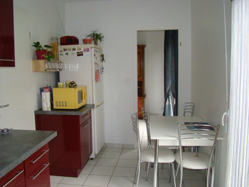 quel couleur au murs pour ma cuisine. Black Bedroom Furniture Sets. Home Design Ideas