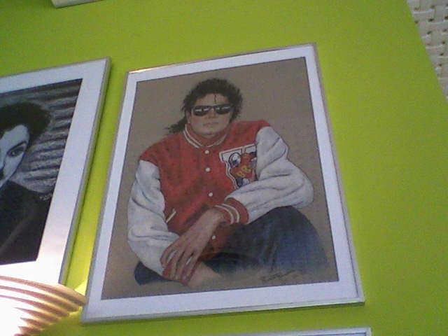 [RESOCONTO] Mostra a Milano dedicata a Michael Jackson - Pagina 12 Fotogr14