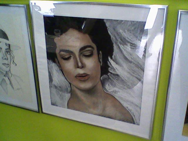 [RESOCONTO] Mostra a Milano dedicata a Michael Jackson - Pagina 12 Fotogr16