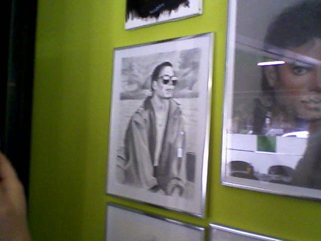 [RESOCONTO] Mostra a Milano dedicata a Michael Jackson - Pagina 12 Fotogr20