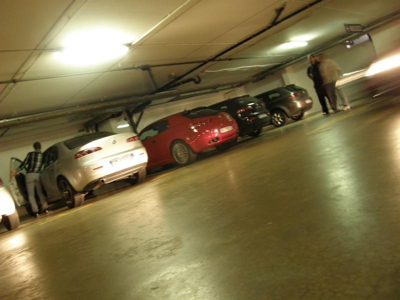DRIVING AND SHOPPING: CON LE NOSTRE ALFA AL FOXTOWN DI MENDRISIO (SWISS). - Pagina 4 Fox_to13