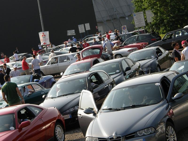 IL RADUNO DEI RADUNI DI QUATTRORUOTE 2011: FOTO E RACCONTI DI UN EVENTO INCREDIBILE. - Pagina 2 Raduno13