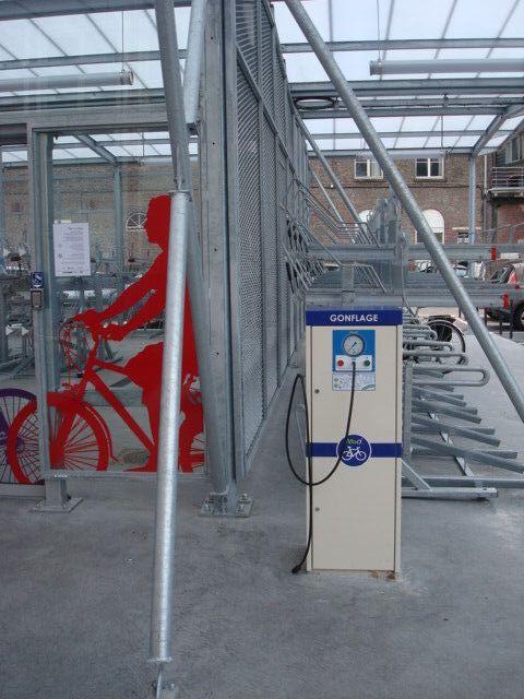 Station de gonflage spécial vélo à Lille Flandre rue de Tournai Valost14