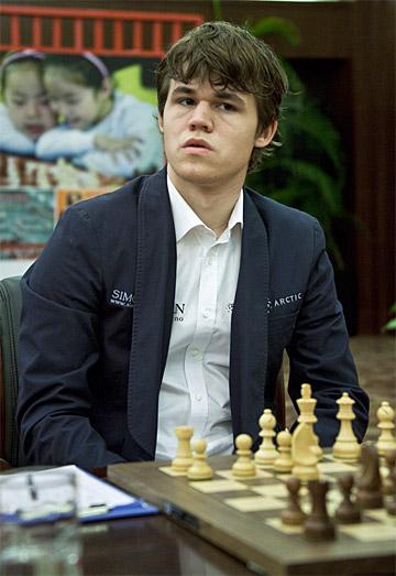Nanjing R05: Bacrot and Carlsen win Carlse10