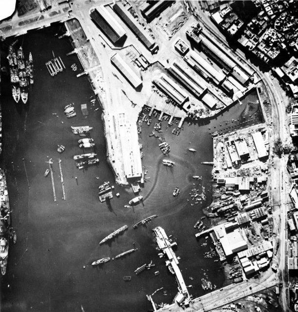 Casablanca après l'attaque du 8 novembre 1942 - Page 2 Casabl11