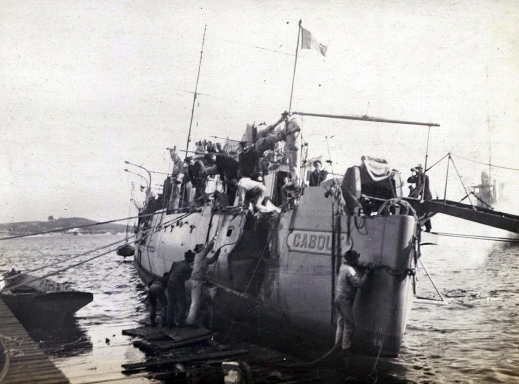 Les contre-torpilleurs français - Page 3 Casque11