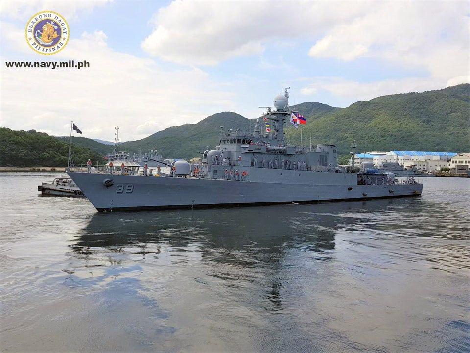 Marine des Philippines - Page 9 Conrad11