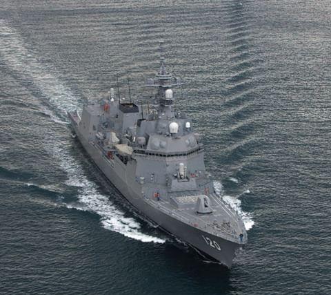Destroyers type DD25 (classe ASAHI) - Page 3 Dd12010