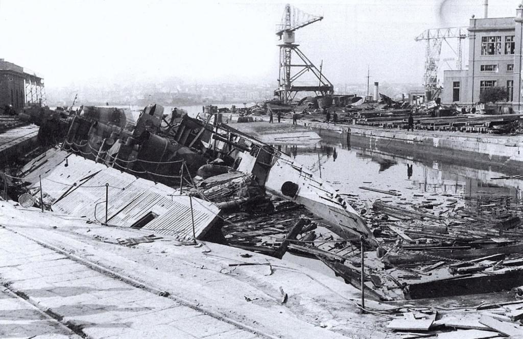 Destroyers italiens (Cacciatorpedinière) - Page 2 Genier11