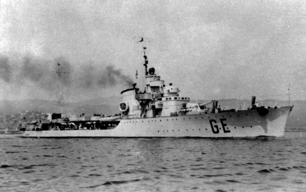 Destroyers italiens (Cacciatorpedinière) - Page 2 Genier12