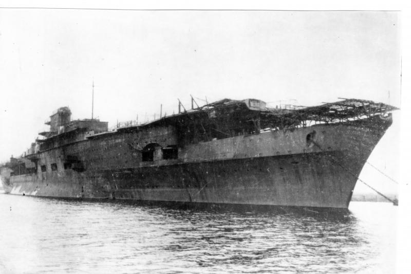 Porte-avions allemands Grafze10
