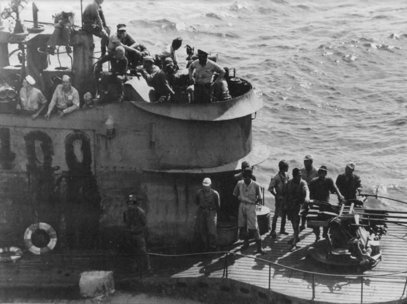 Les sous-marins japonais jusqu'en 1945 - Page 3 I400_d10