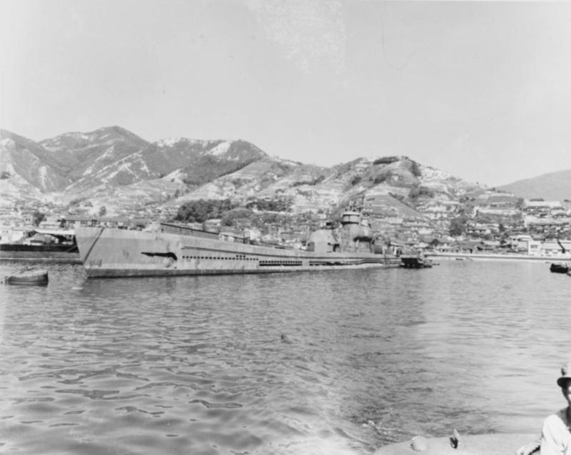 Les sous-marins japonais jusqu'en 1945 - Page 3 I402_k10