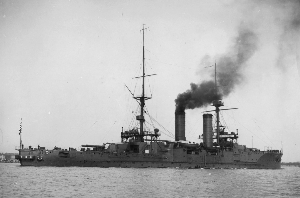 Croiseurs japonais - Page 5 Ikoma10