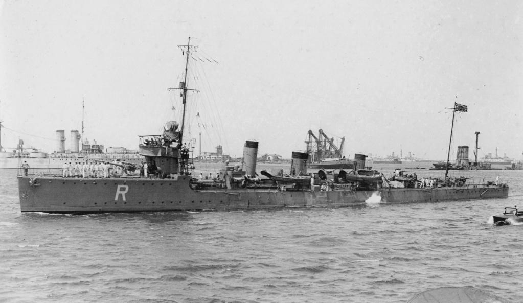 Destroyers japonais - Page 5 Katsur11