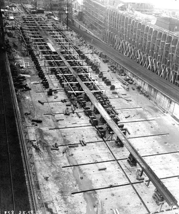Porte-avions allemands Kiel110