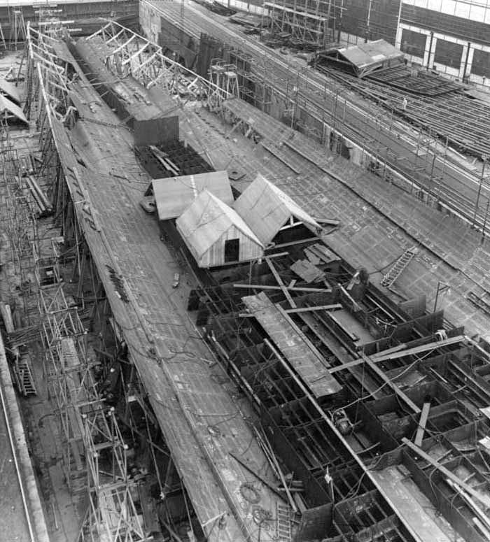 Porte-avions allemands Kiel210
