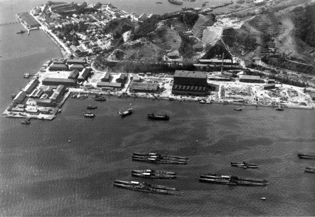 Les sous-marins japonais jusqu'en 1945 - Page 4 Kure_111
