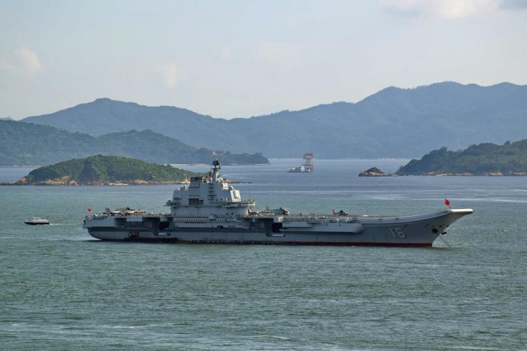 Porte-avions chinois - Page 3 Liaoni13