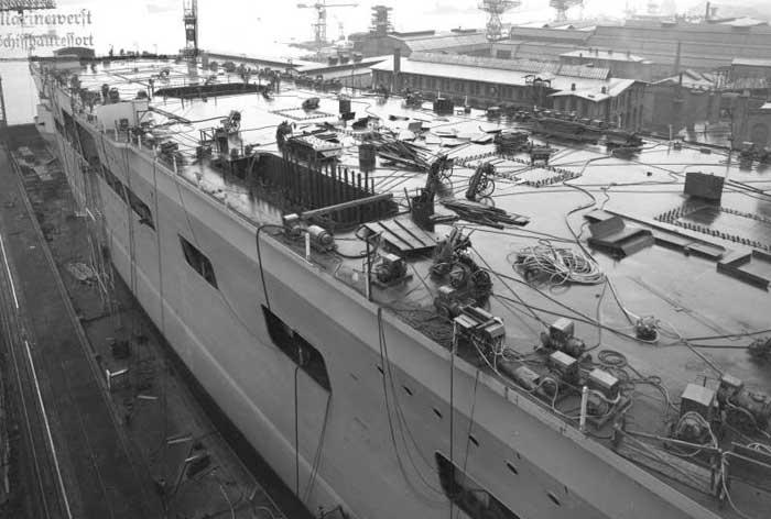 Porte-avions allemands Nov38a10