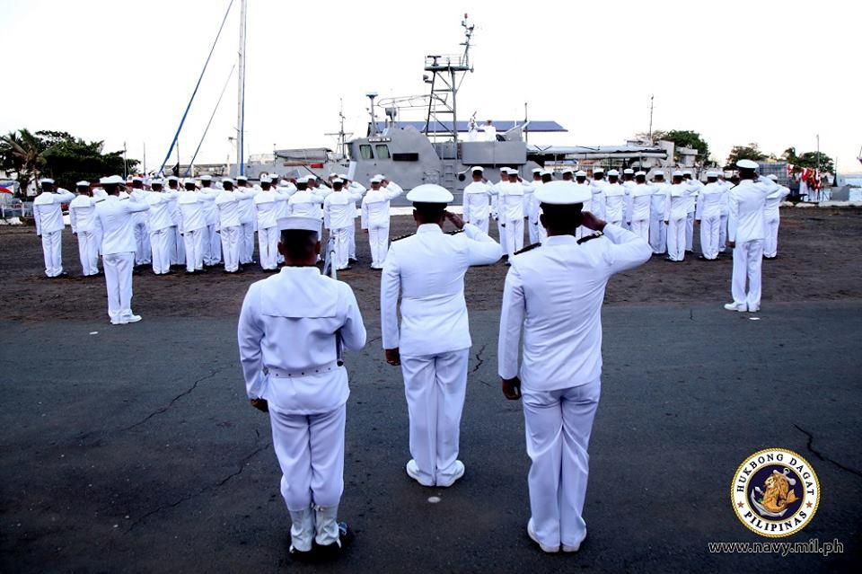Marine des Philippines - Page 8 Pc11210