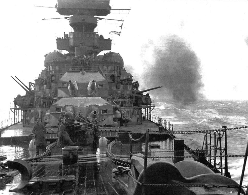 Croiseurs allemands - Page 4 Pe_fla10