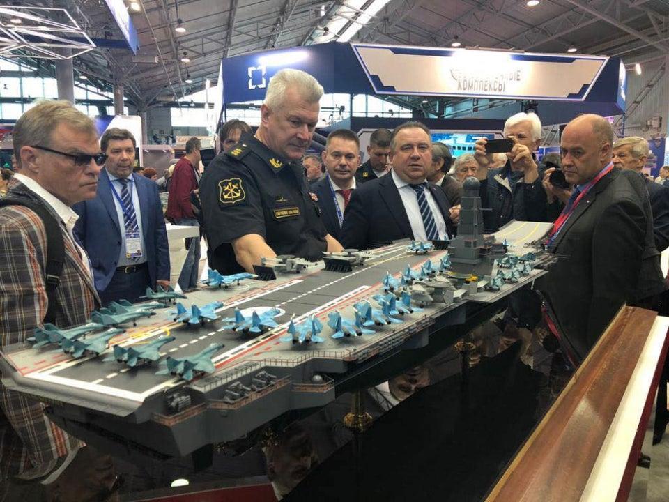 Projekt 11430E (porte-avions) Projec10