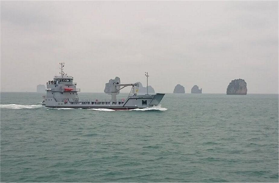 [News & débats] Marine Vietnamienne - Page 4 Roro_510