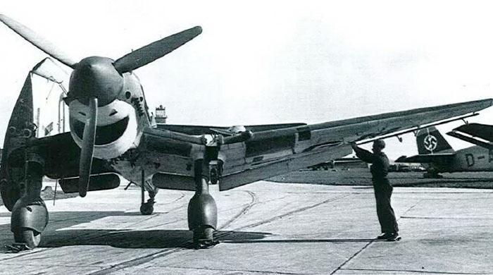 Porte-avions allemands Stukat12