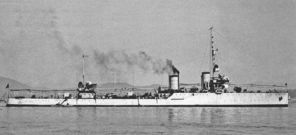 Destroyers italiens (Cacciatorpedinière) - Page 2 Tigre_10