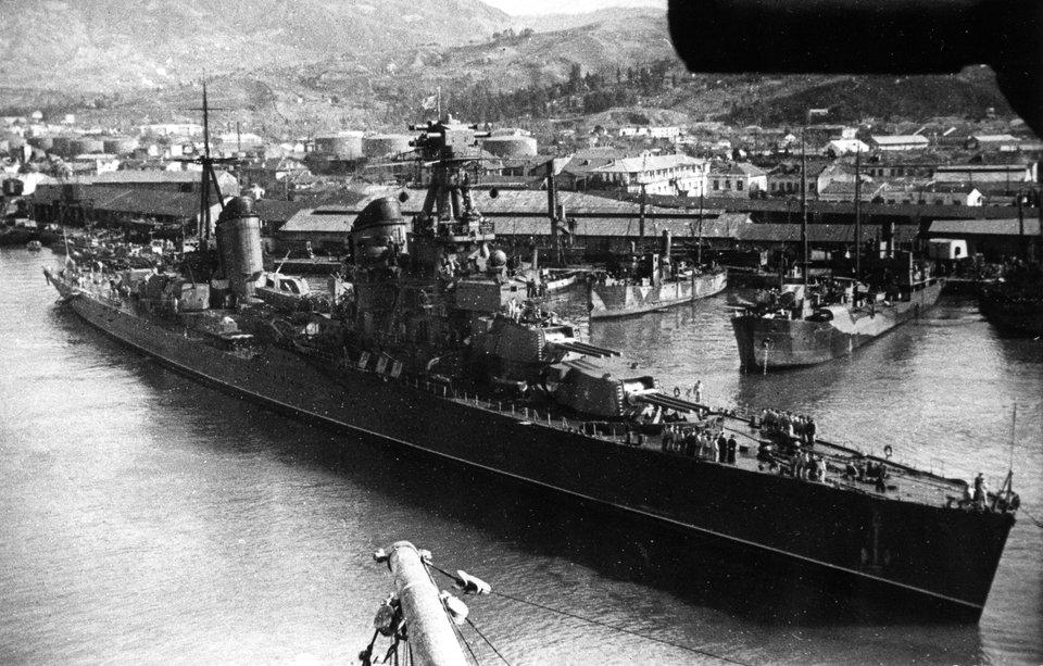 Croiseurs russes/soviètiques  - Page 3 Vorosh10