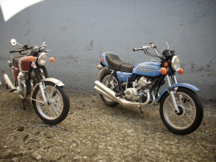 Cyclomoteurs en miniatures 750_h210