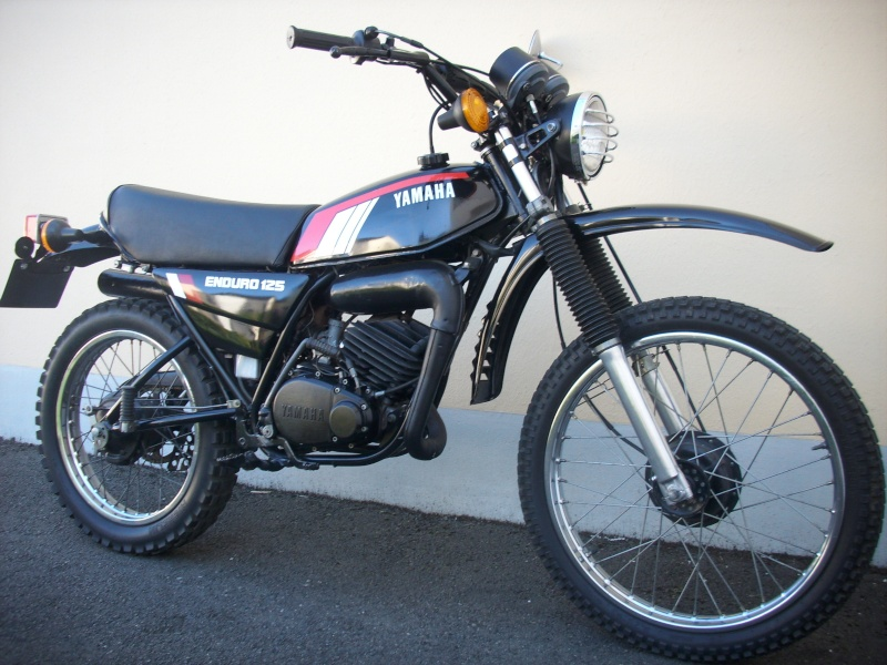 "Magazine  "" Moto légende "" ! Dsci0810"