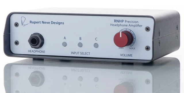 Amplificatori per cuffia EMOTIVA BasX A100 e R.N.H.P. Rupert10
