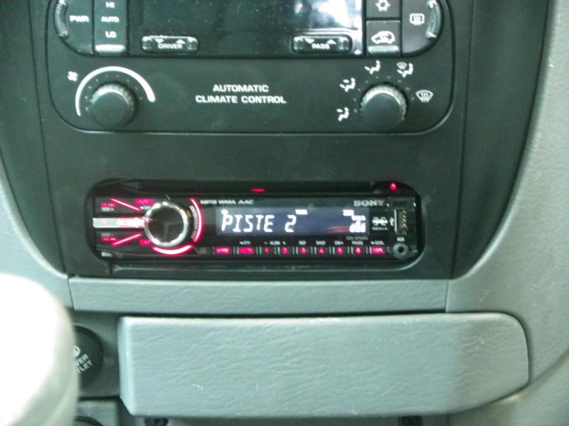 installation autoradio Imgp4911
