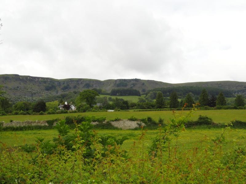 llangattock escarpment to lonely sheppard,crickhowell area Dsc02814